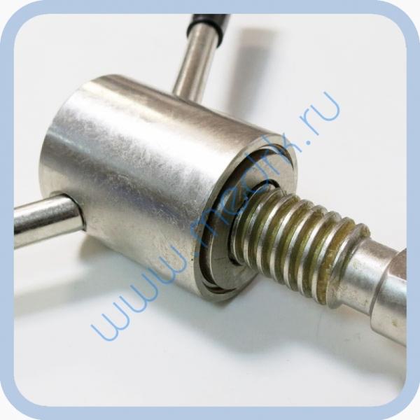 Прижим АГ1.013.0 для стерилизатора ГК-100-3  Вид 1