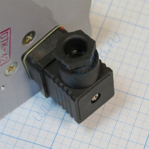 Манометр ДМ-2010 СгУ2 (0-400кПа) с фланцем исп. 5  Вид 6