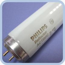 Лампа Philips Actinic BL TL-K 40W/10 -R SLV