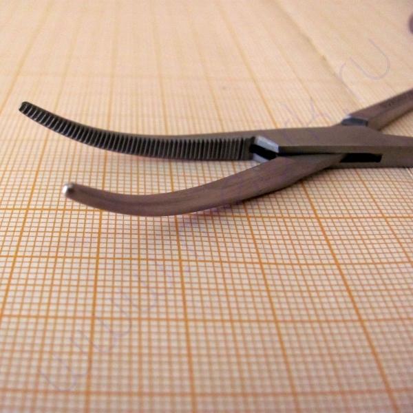 Зажим кровоостанавливающий зубчатый изогнутый №1 J-17-052  Вид 5