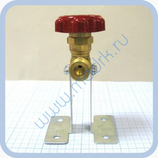Клапан запорный проходной К-1409-250 с кронштейном  Вид 2