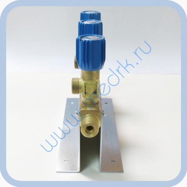 Коллектор рамповый КР-01 кислородный 3-х вентильный  Вид 4