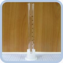 Цилиндр мерный с носиком и пластмассовым основанием