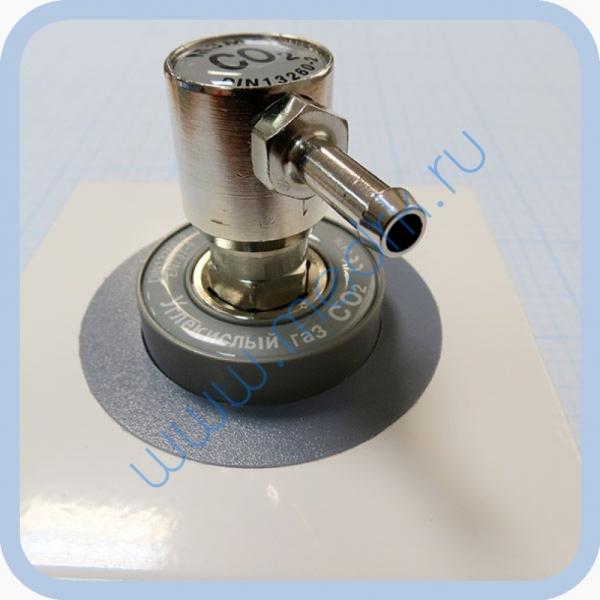 Соединение быстросъемное консоль КПМ-АМС-НГС-1 (клапан газовый на углекислый газ со штекером стандарта DIN)  Вид 2