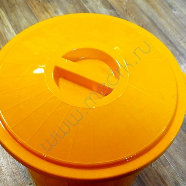 Бак для сбора и утилизации медицинских отходов 65 л  Вид 2